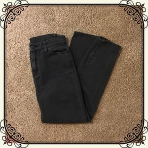 BDG Jeans - BDG (Urban Outfitters) High Rise Mom Jean size 26